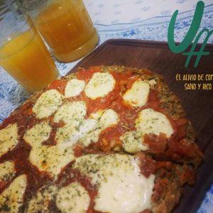 Pre-pizza Lens ( arroz integral yamaní, lentejas, zanahoria) con salsa de tomate – 4 Porciones- Uff!