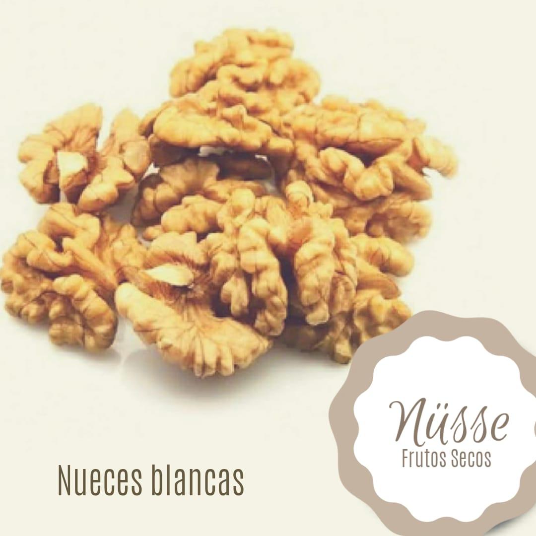 Nuez Mariposa «NUSSE» – 250 gr