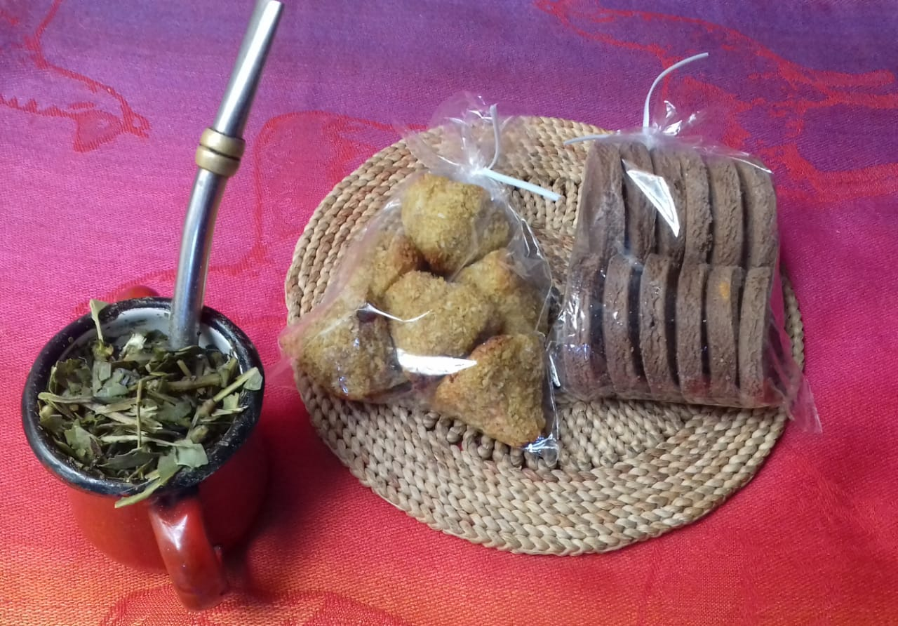 Galletitas dulces sin harina de trigo (Sabor cacao) «Saramama» – 200g